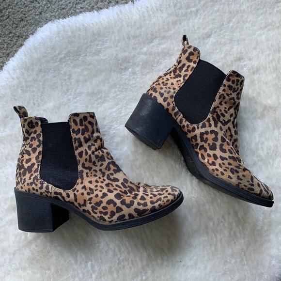 H\u0026M Shoes   Hm Leopard Print Boots